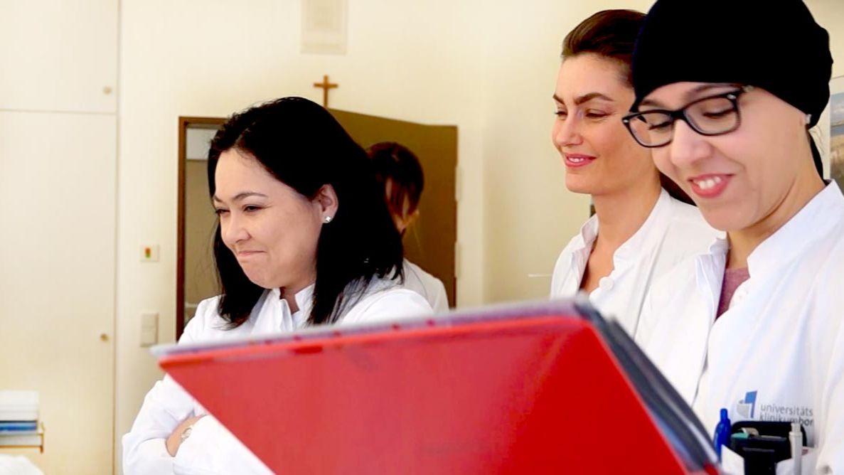 Frauenklinik: Heilen, operieren, reparieren
