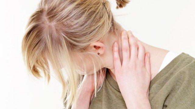 Fehlbelastung im Homeoffice? Gegen den Laptop-Nacken hilft Bewegung