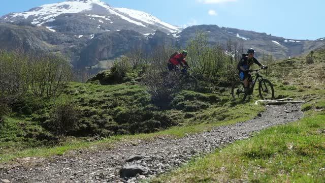 Unterwegs mit dem E-Bike: Südtirol
