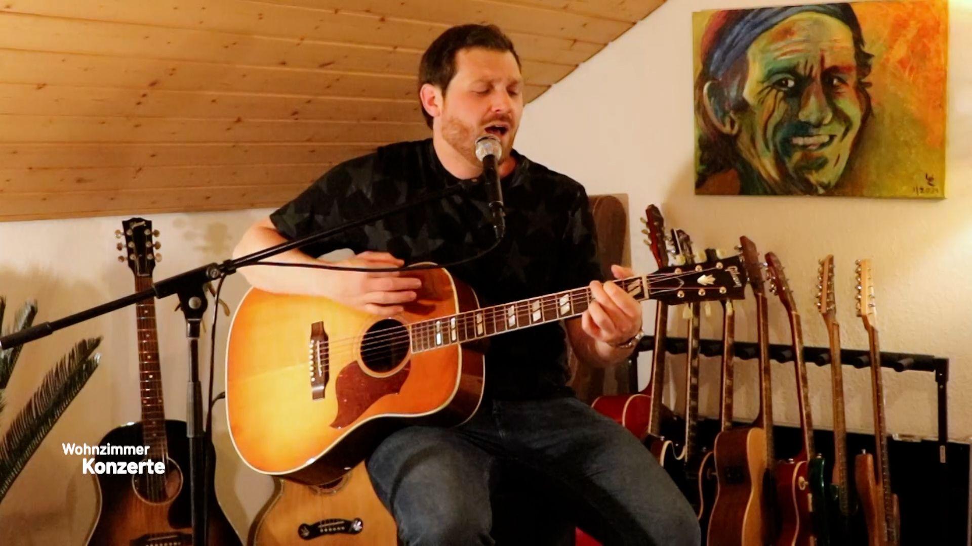 Zweites Konzert mit dem Popsänger Michael Eb aus Lauffen am Neckar