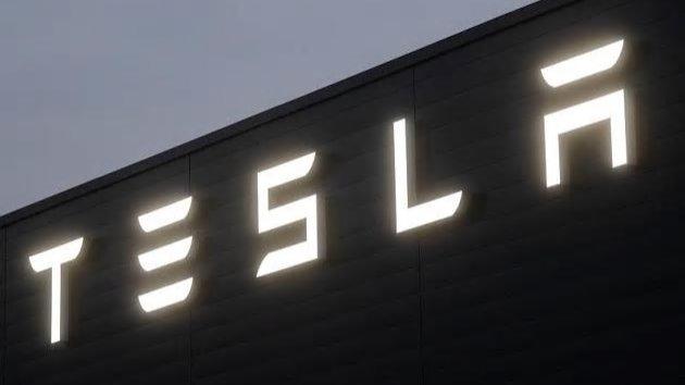 Tesla legt noch einen Zahn zu-Image