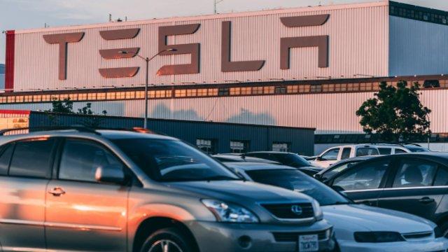 Tesla-Anhörung muss wiederholt werden-Image