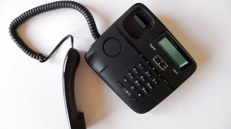 Polizei warnt vor Telefonbetrügern-Image