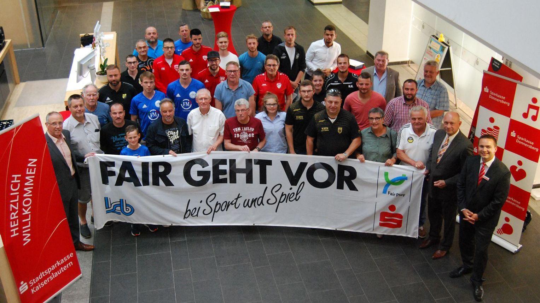 Vereine im Fußball-Kreis Kaiserslautern-Donnerberg für besondere Fairness ausgezeichnet-Image