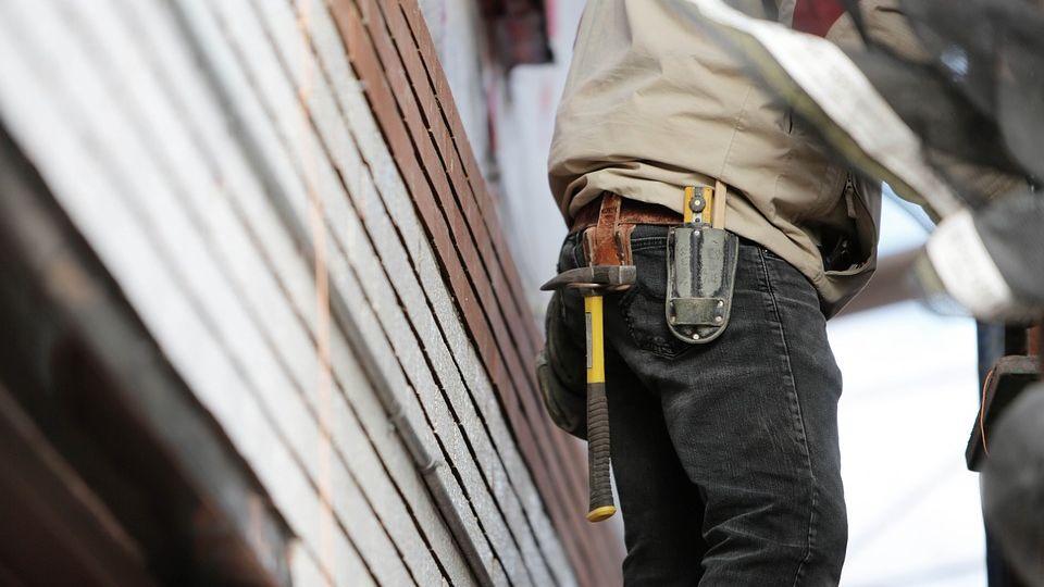 Bauarbeiter zieht sich in der Innenstadt Verletzung zu-Image