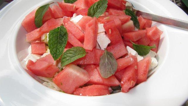 Sommersalat mit Wassermelone und Feta-Image