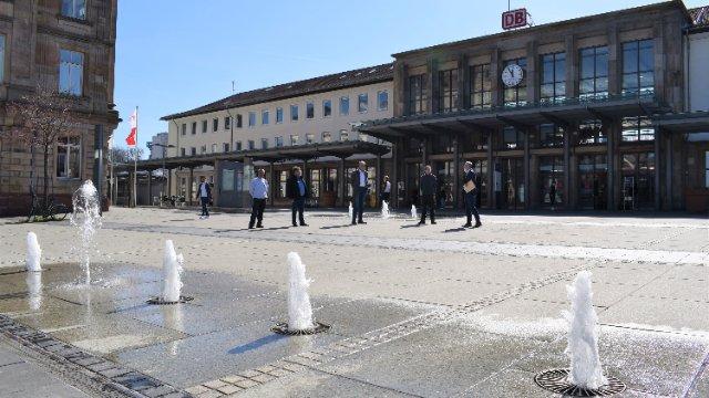 Symbolischer Startschuss für die 42 städtischen Brunnenanlangen-Image