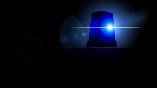 Eingebautes Notrufsystem im Auto ruft Polizei-Image